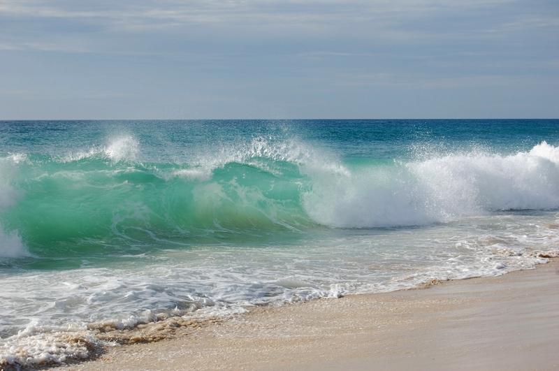 beach waves 2560x1702 wallpaper Waves Wallpaper Desktop 800x531