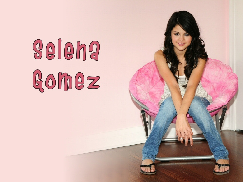 Fetch Wallpapers Selena Gomez Wallpaper Pack 6 1024x768