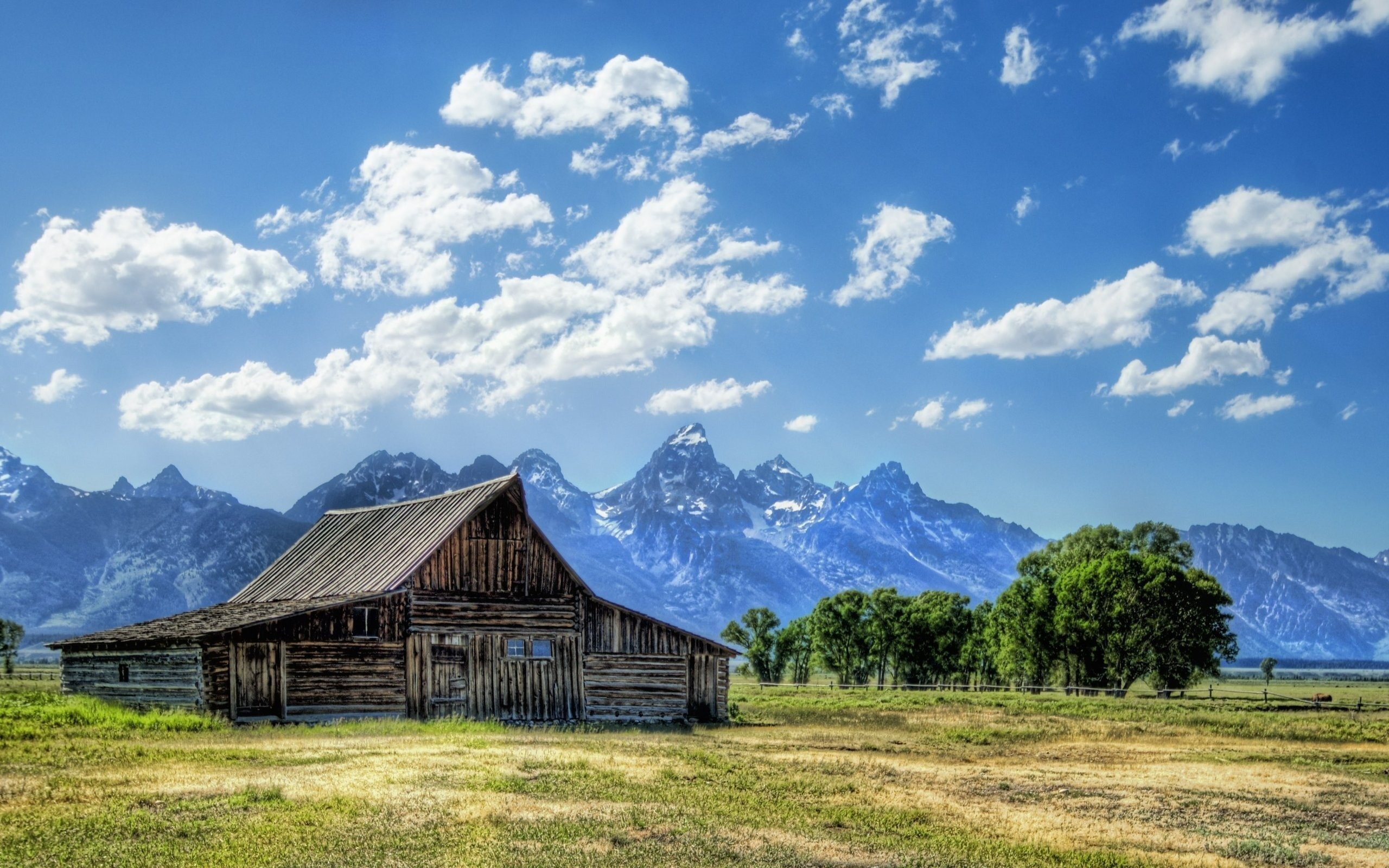домики, горы, трава  № 307775  скачать