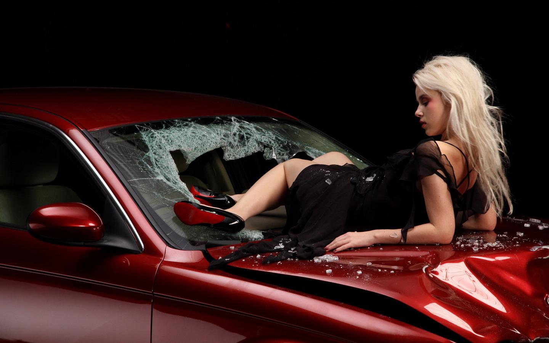 Description Download Car Accident Wallpaper in 1440x900 1440x900