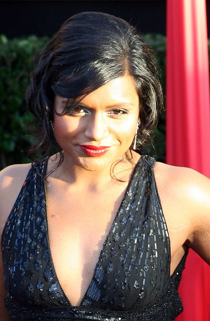 Mindy Kaling photos pictures stills images wallpapers 419x640