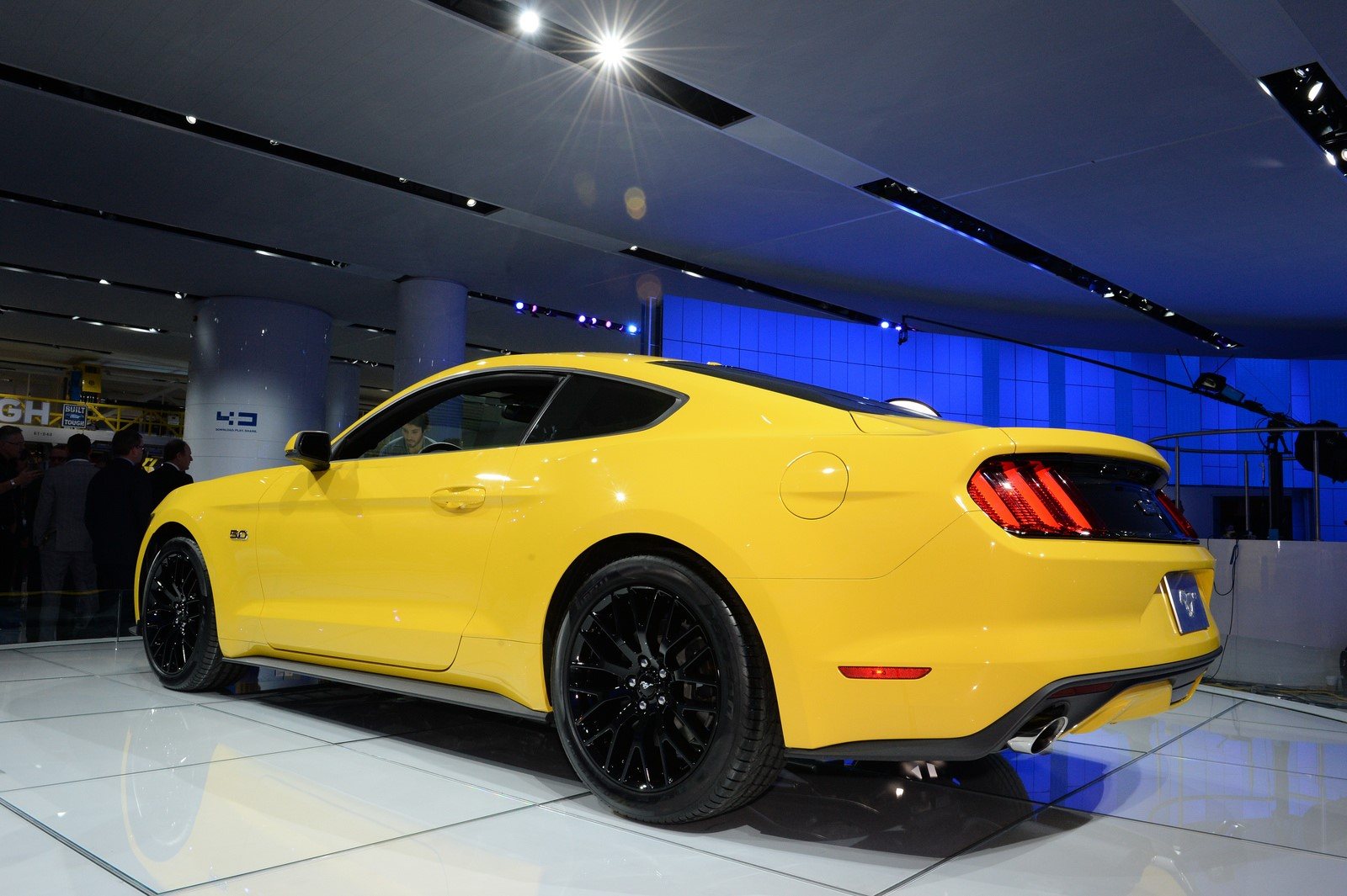 2015 Ford Mustang Convertible For Desktop Wallpaper Download 1600x1065