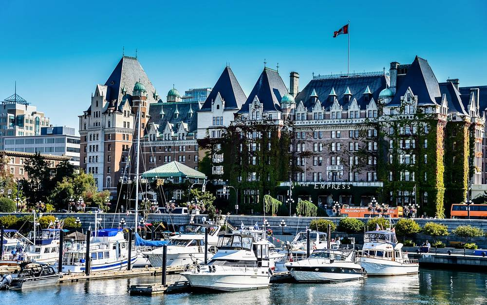 victoria british columbia colorful images of cities and countries 1000x626