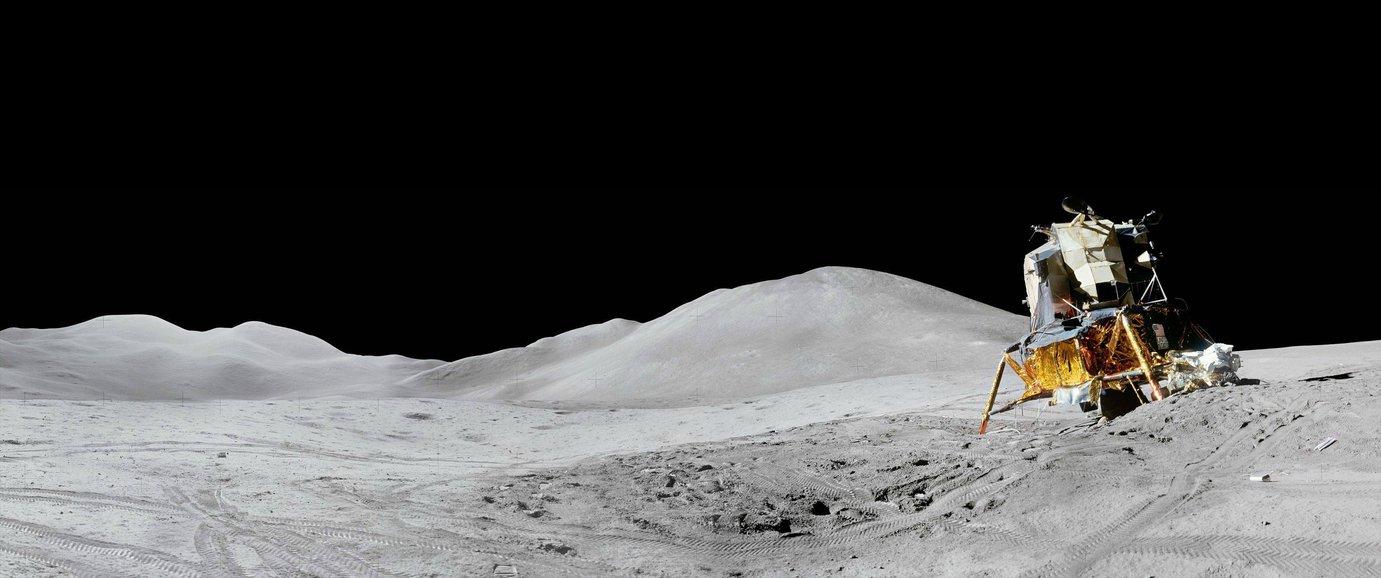 Lunar 3440x1440 7 by StArL0rd84 1381x578