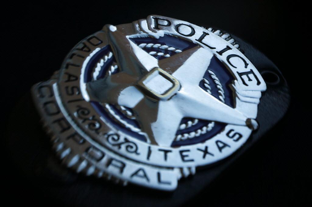 Police Badge Wallpaper A former dallas 1024x682