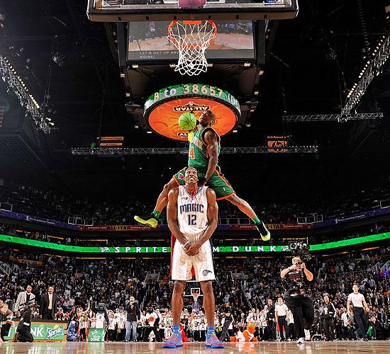 NBA History Slam Dunk Contest 550x500