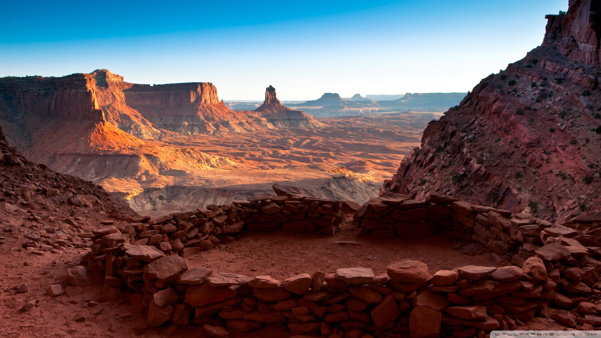Circle In Canyonlands National Park In Utah United States wallpaper 1920x1080