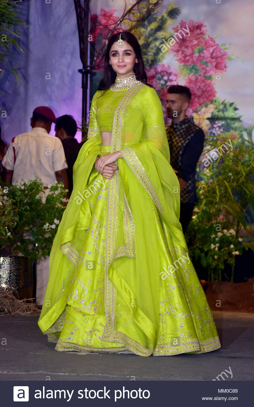 Alia Bhatt Stock Photos Alia Bhatt Stock Images   Alamy 867x1390