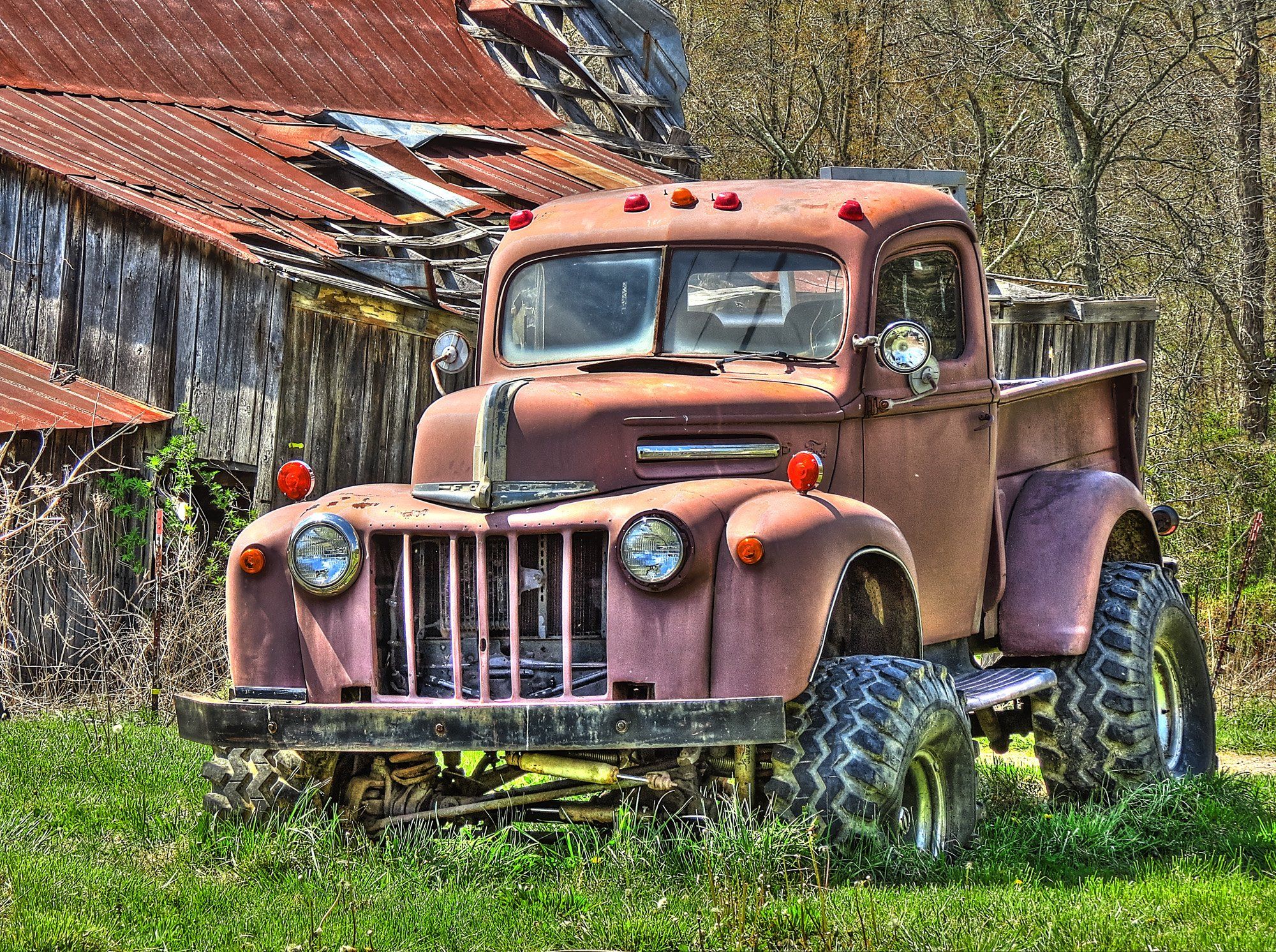 Rusty old truck 1940s Ford Truck wallpaper background 2000x1492