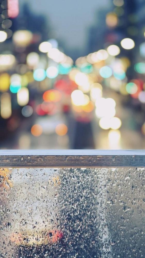 Rainy Street Window Bokeh iphone 6 wallpaper ilikewallpaper com 563x1000