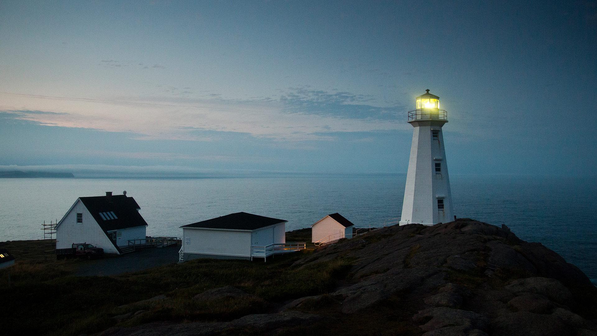 Avalon Lighthouse Bing Wallpaper Download 1920x1080