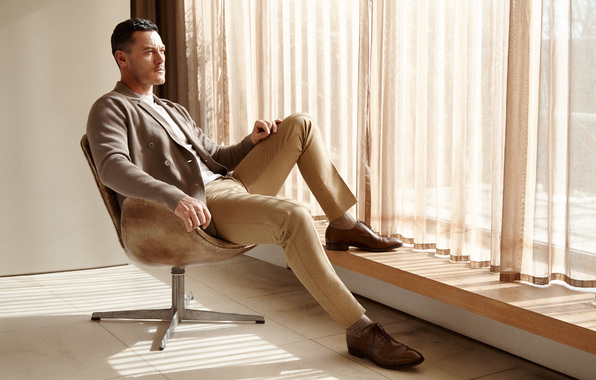 Wallpaper luke evans luke evans actor costume jacket trousers 596x380