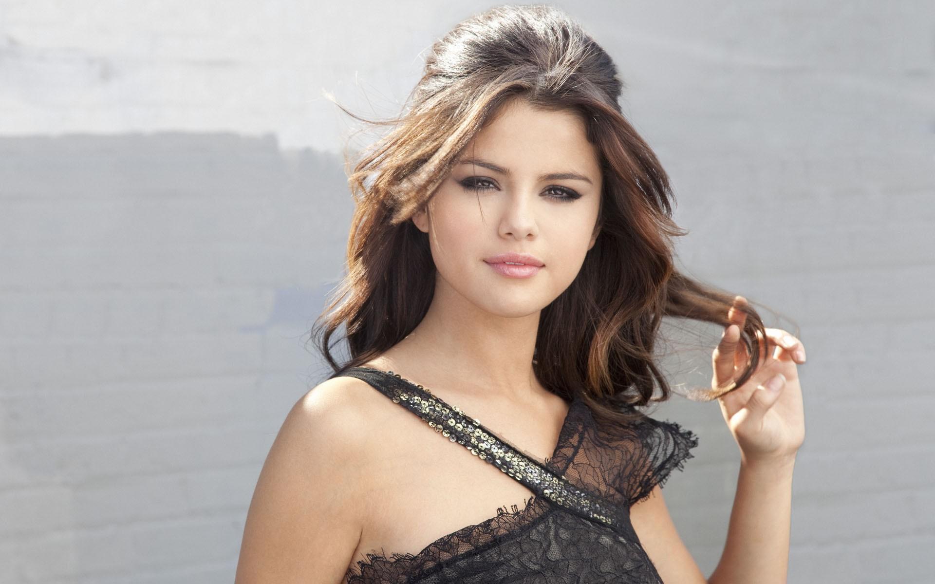 Selena Gomez Wallpaper in high resolution for Get Hot Hd Selena 1920x1199