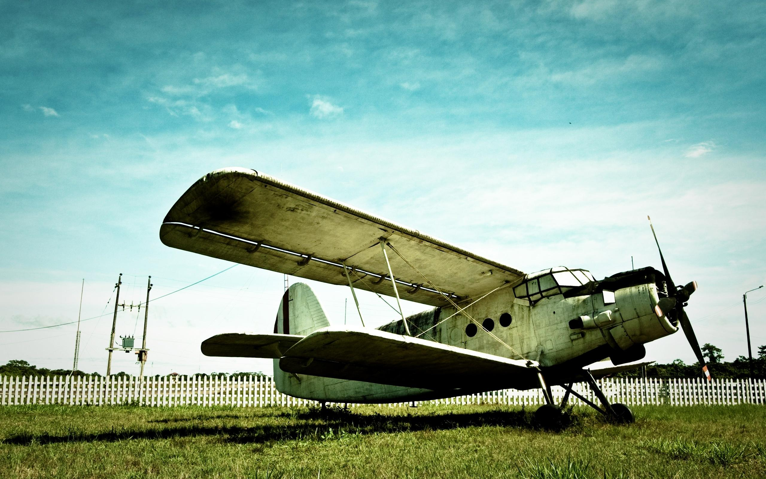 Vintage Airplane Wallpapers 2560x1600