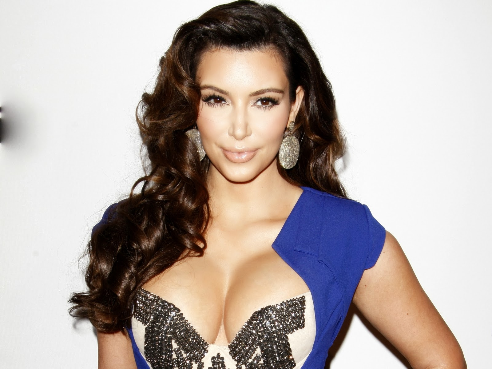 Kim Kardashian New Hottest HD Wallpaper 2014 Wallpapers Universe 1600x1200