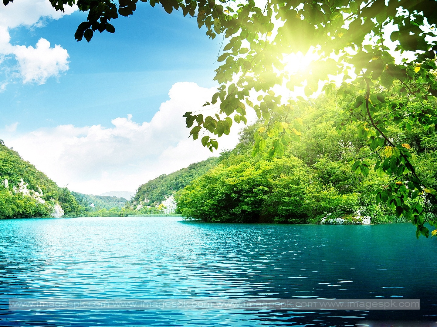 Peaceful Lake Wallpaper   Imagespkcom 1440x1080