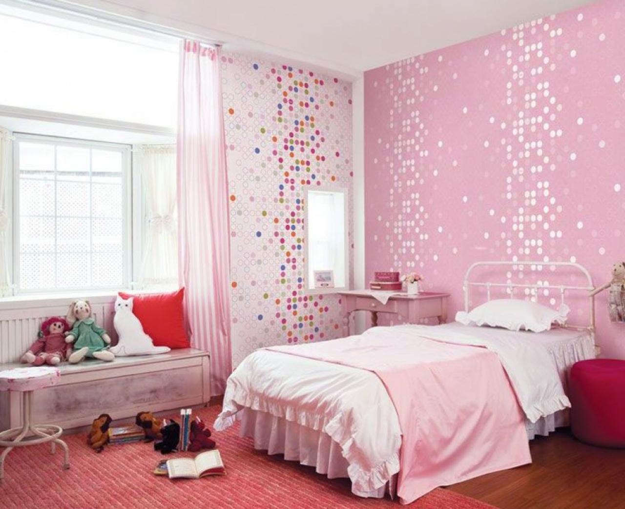 Kids room cute pink dotty wallpaper girls bedroom home design Kids 1280x1043