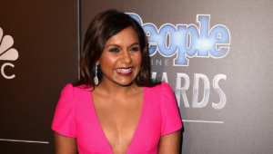 Mindy Kaling Wallpapers Images Photos Pictures Backgrounds 300x170