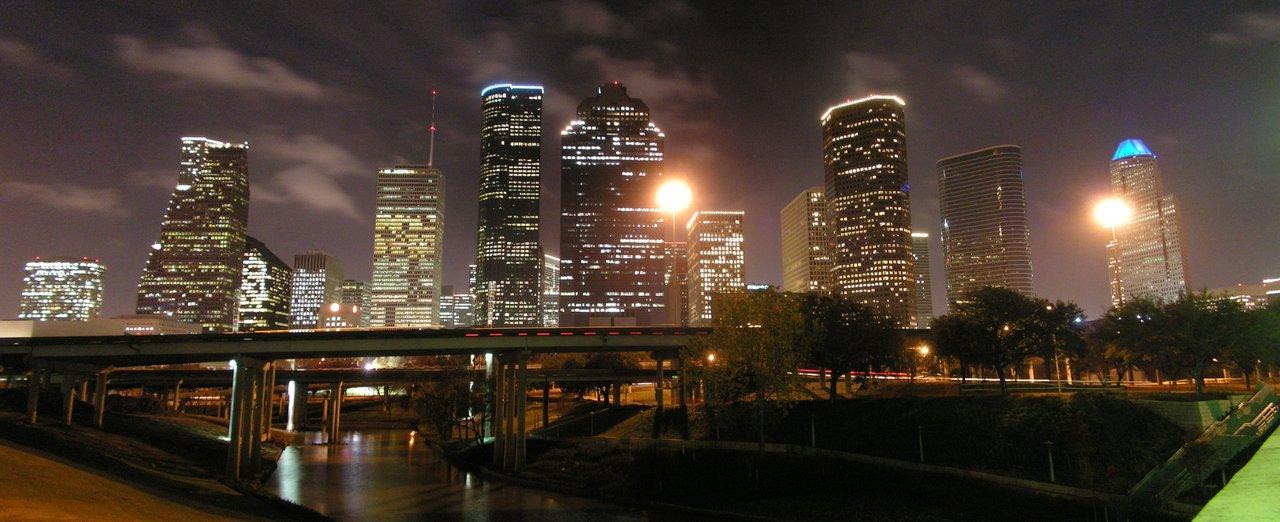 Houston Night Skyline by UED77 1280x522