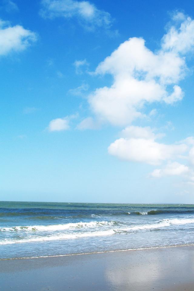 Sunny Beach iPhone 4s Wallpaper Download | iPhone Wallpapers, iPad ...