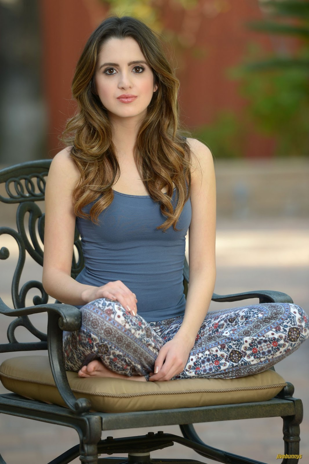 TRACI: Sexy pictures of laura marano