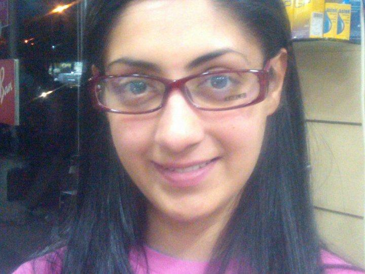 Online Tashan Gurleen Chopra punjabi girls wallpaper 720x540