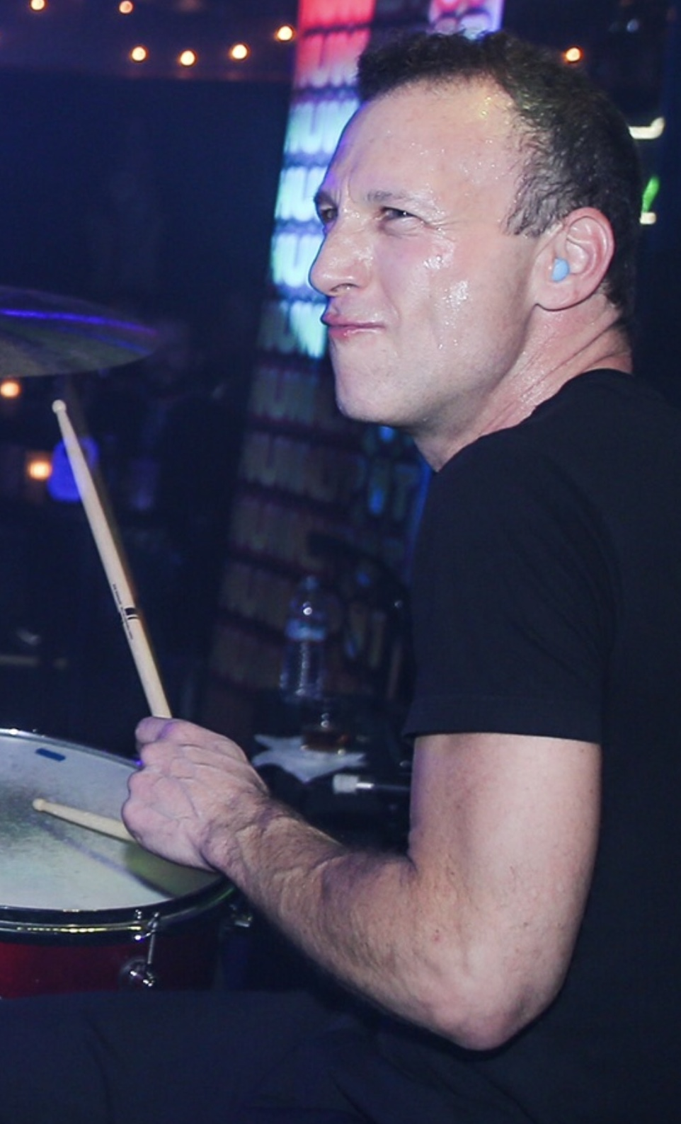 Hunnypot Where Music Lovers Go To Play   STEPHEN PERKINS 962x1588