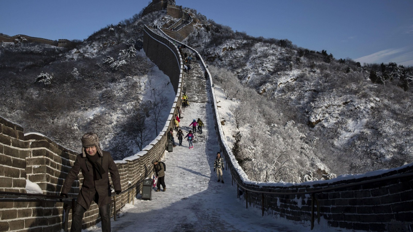 Great Wall of China Collapse Poor Renovation Works And Heavy 1600x900