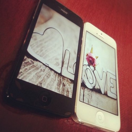 Free Download Iphone 5 Black White Couple Wallpaper Wowfx