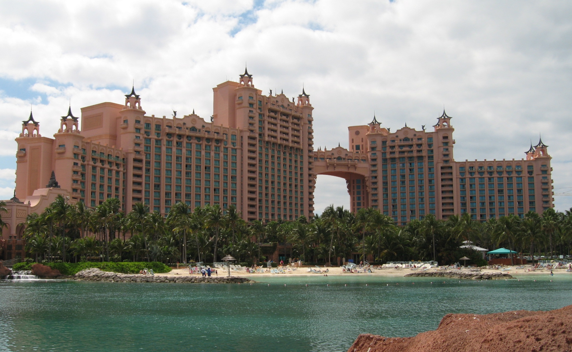 Atlantis paradise island wallpaper wallpapersafari for Atlantis piscine