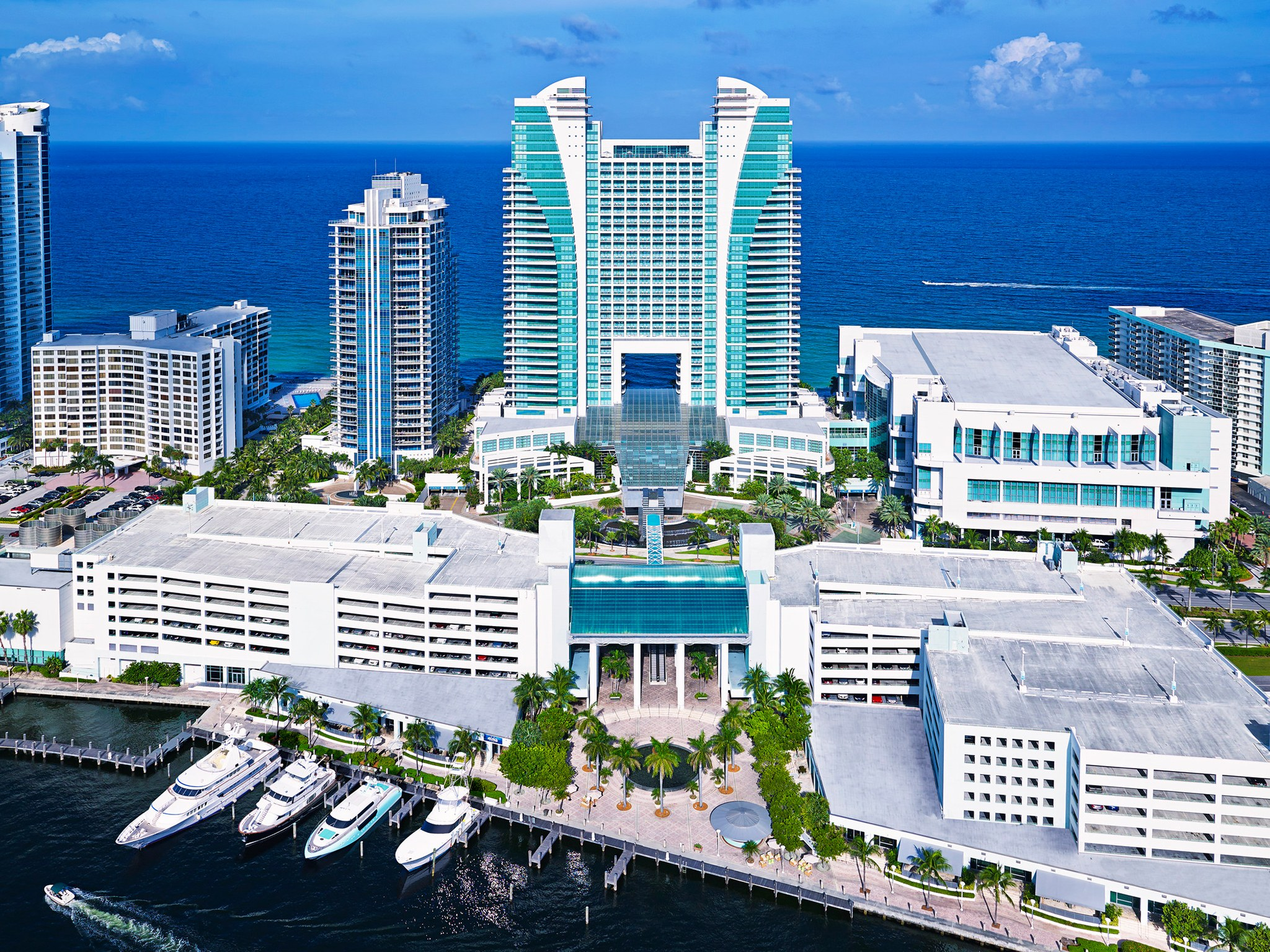 The Diplomat Beach Resort Curio Collection by Hilton Hollywood 2048x1536