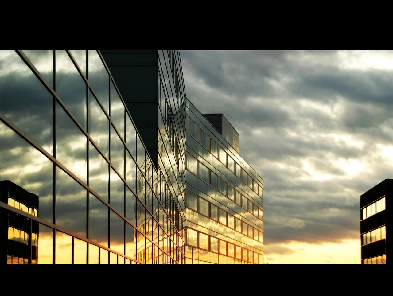 windowslisisoftcom City Skies Wallpaper 1280x964