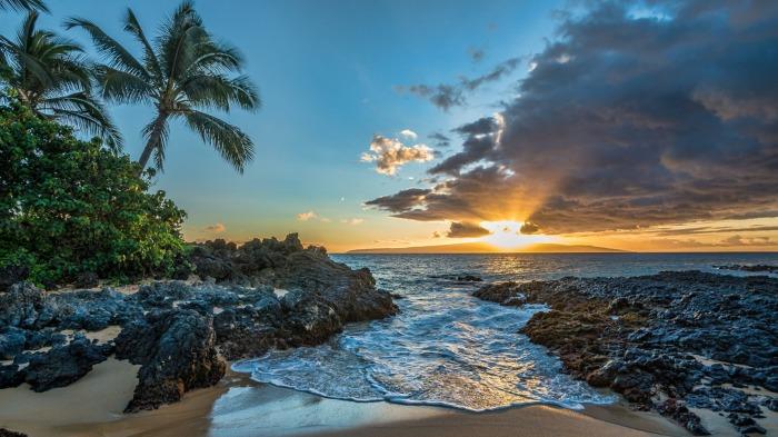 Hawaii Wallpaper 1920x1200   Dark Blue Widescreen Desktop Background 700x393
