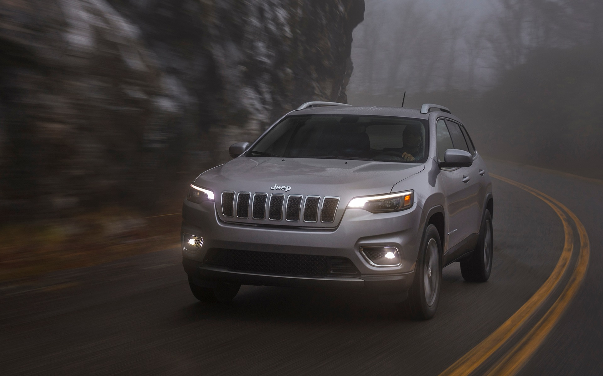 The 2019 Jeep Cherokee Limited in Pictures   150 1920x1200