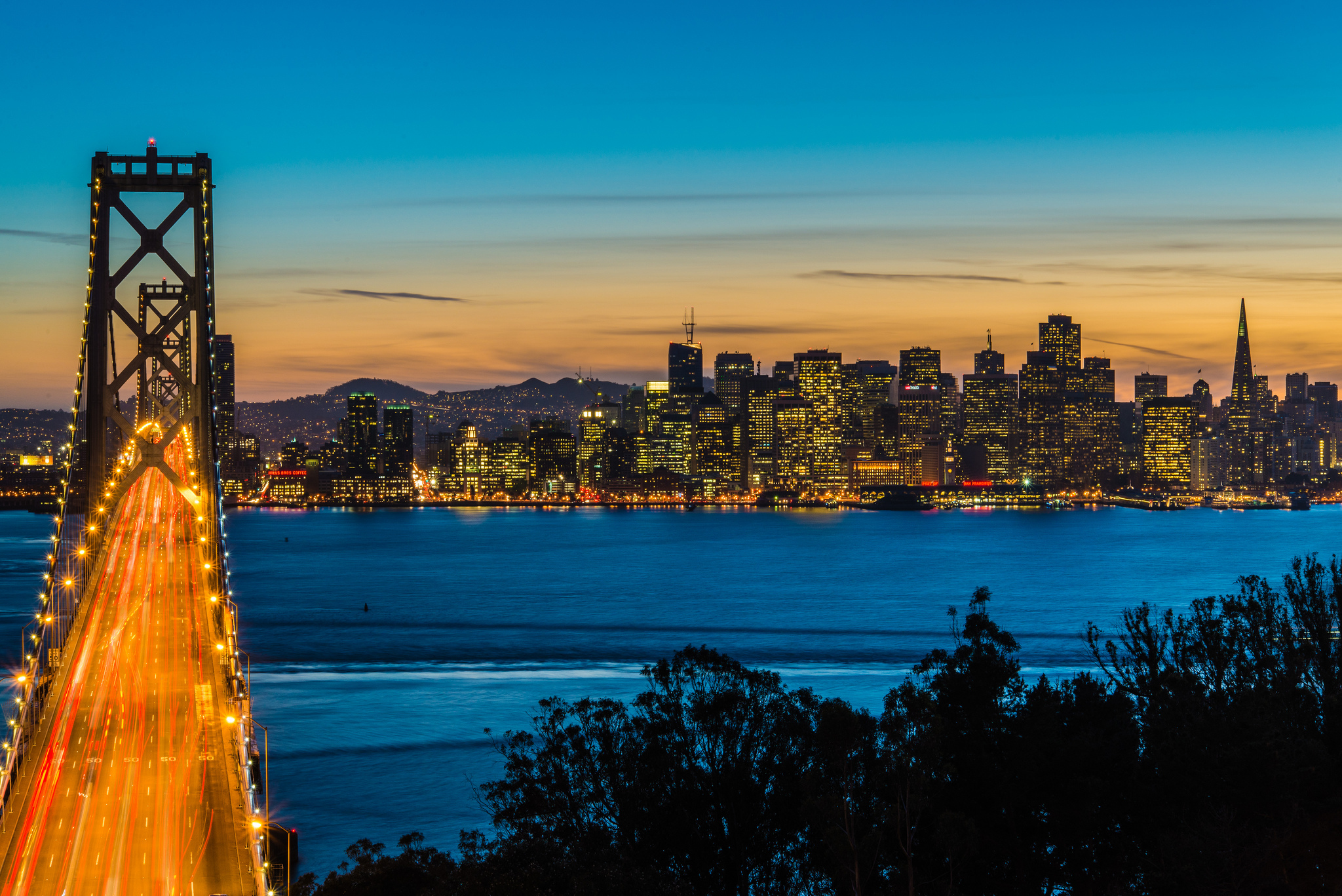 Evening Crossing, Bay Bridge, San Francisco, California  № 3720945  скачать