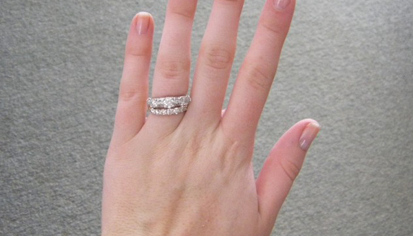 Do I Wear My Ring Which Finger Do I Wear My Ring On Rings Wallpaper 600x344