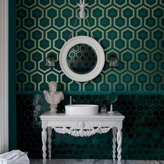 Green bathroom with geometric wallpaper Bathroom decorating ideas 550x550