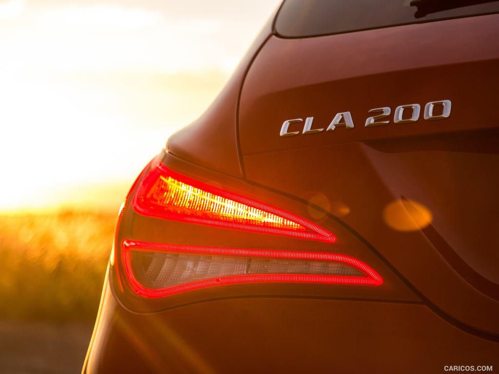 2015 Mercedes Benz CLA 200 CDI Shooting Brake UK Spec   Tail 1024x768