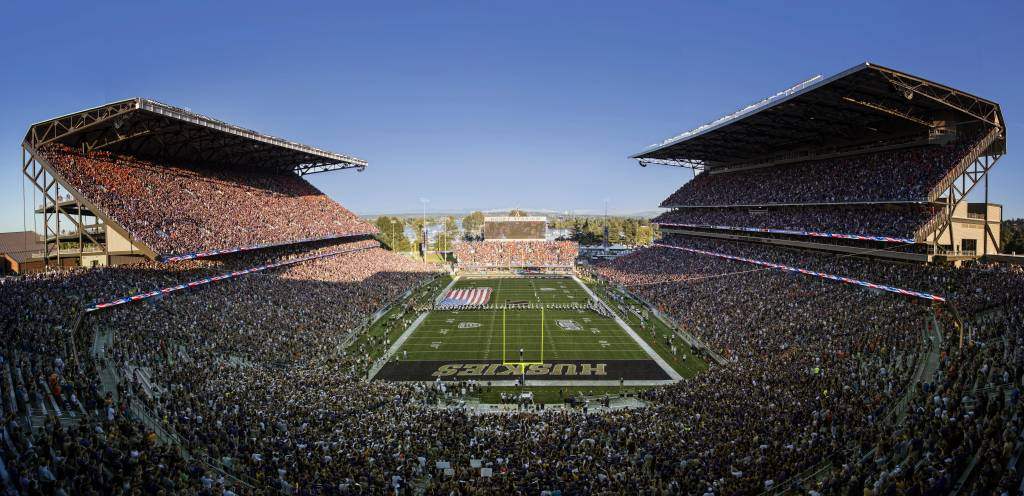 Husky Stadium   University of Washington Official Athletics Site 1024x496