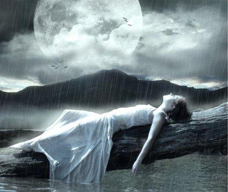 Rain 3d BAJO BELLA ENCANTADORA girl LLUVIA moon MUJER rain 800x675