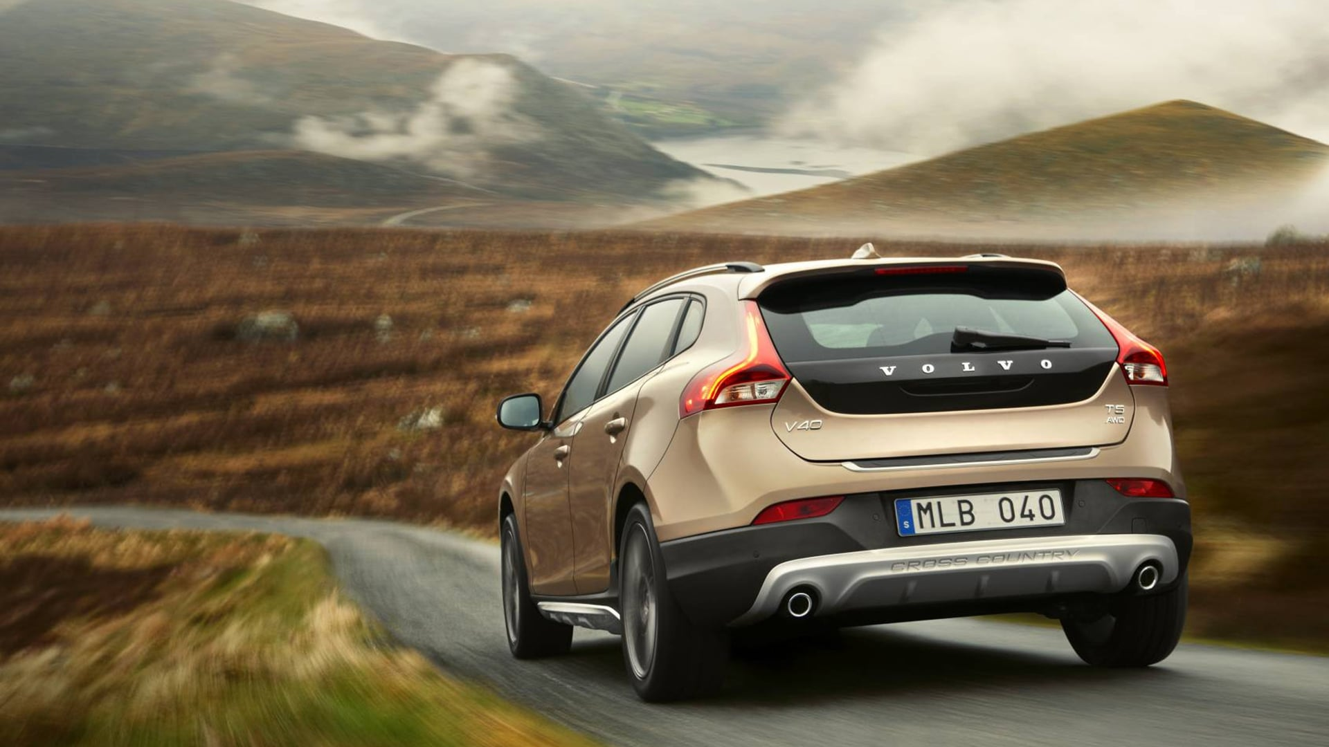 2016 Volvo V40 Cross Country HD wallpapers Download 1920x1080