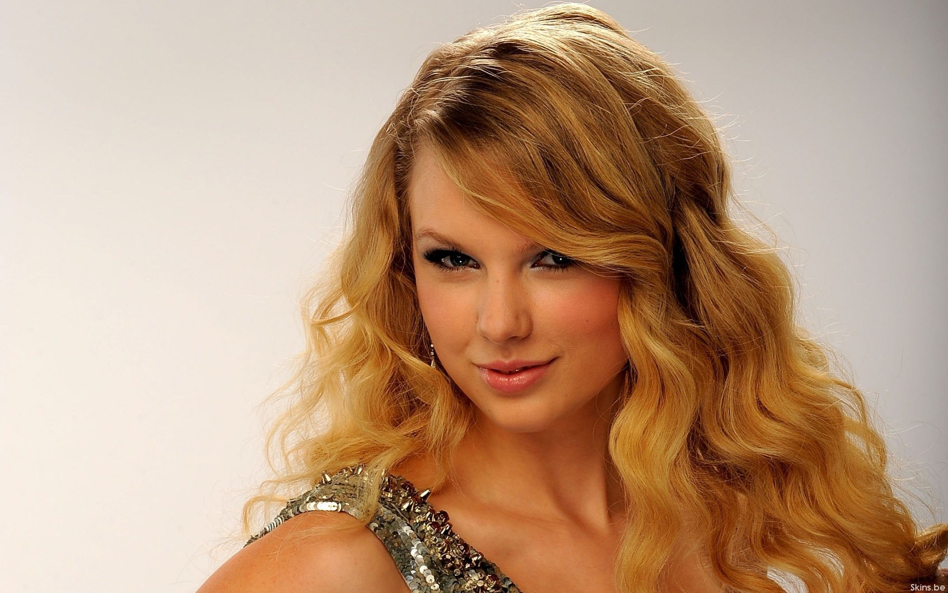 so heres 50 gorgeous Taylor Swift wallpapers to adorn your desktop 1920x1200