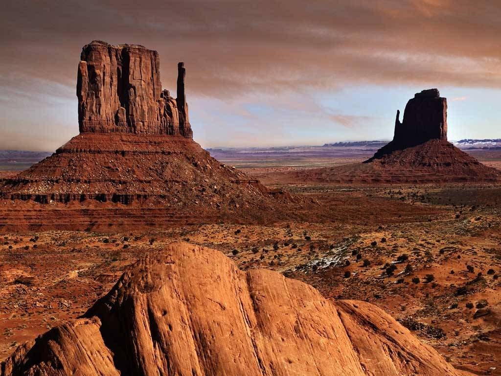 Traveler Guide Side of a Glittering American West and Wild 1024x768