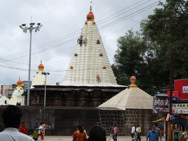 of mahalaxmi mandir kolhapur kolhapur the land of magnificent temples 640x480