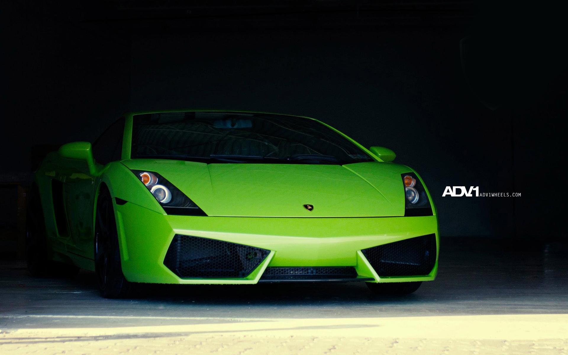 спортивный зеленый автомобиль Lamborghini  № 2996309  скачать