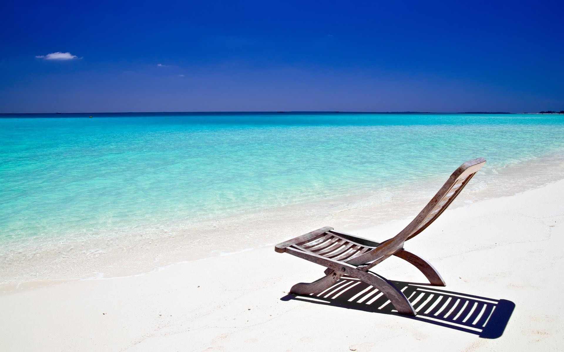 1920x1200 Beach chair desktop PC and Mac wallpaper 1920x1200