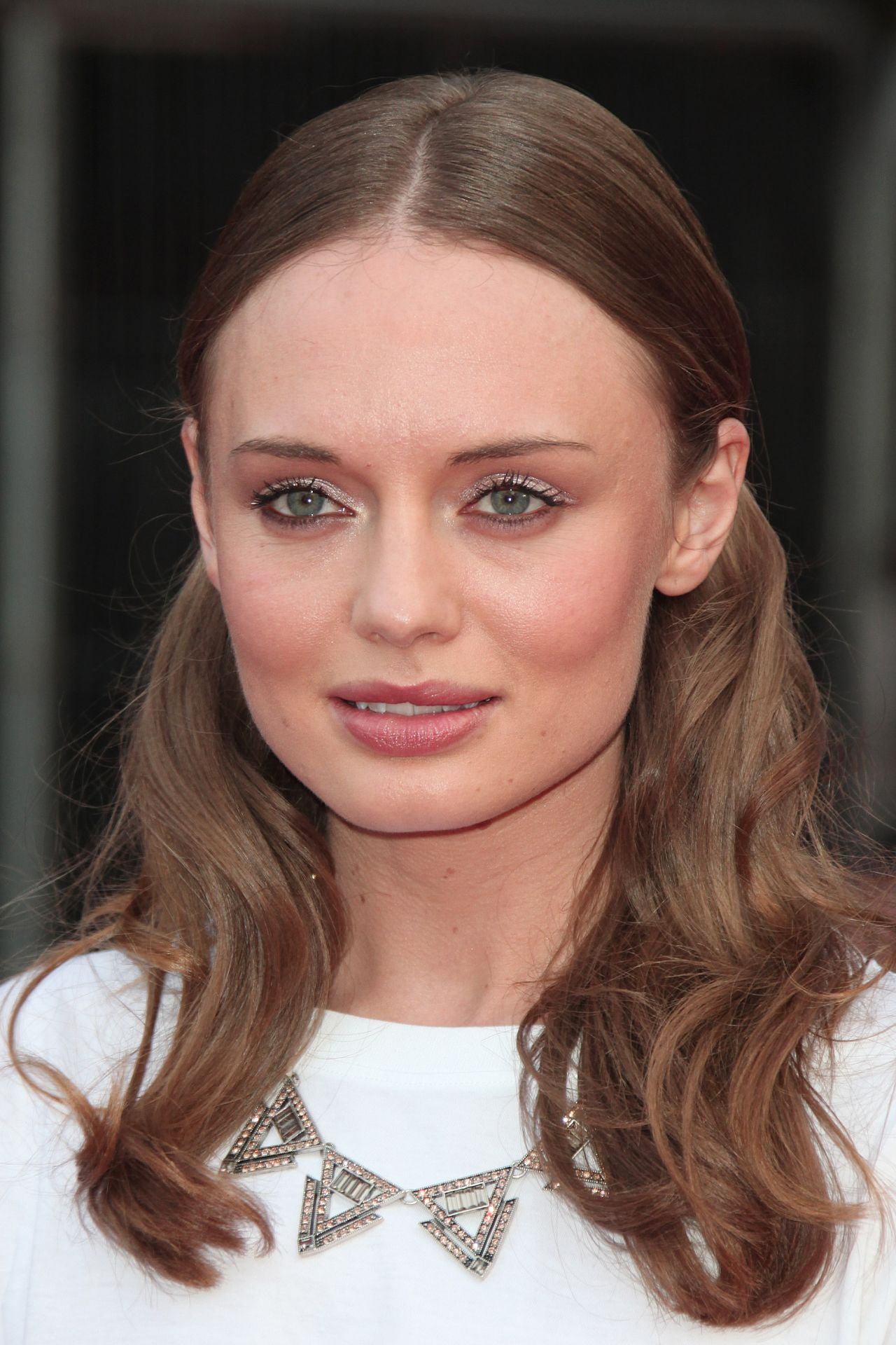 Laura Haddock Images Full HD Pictures 1280x1920