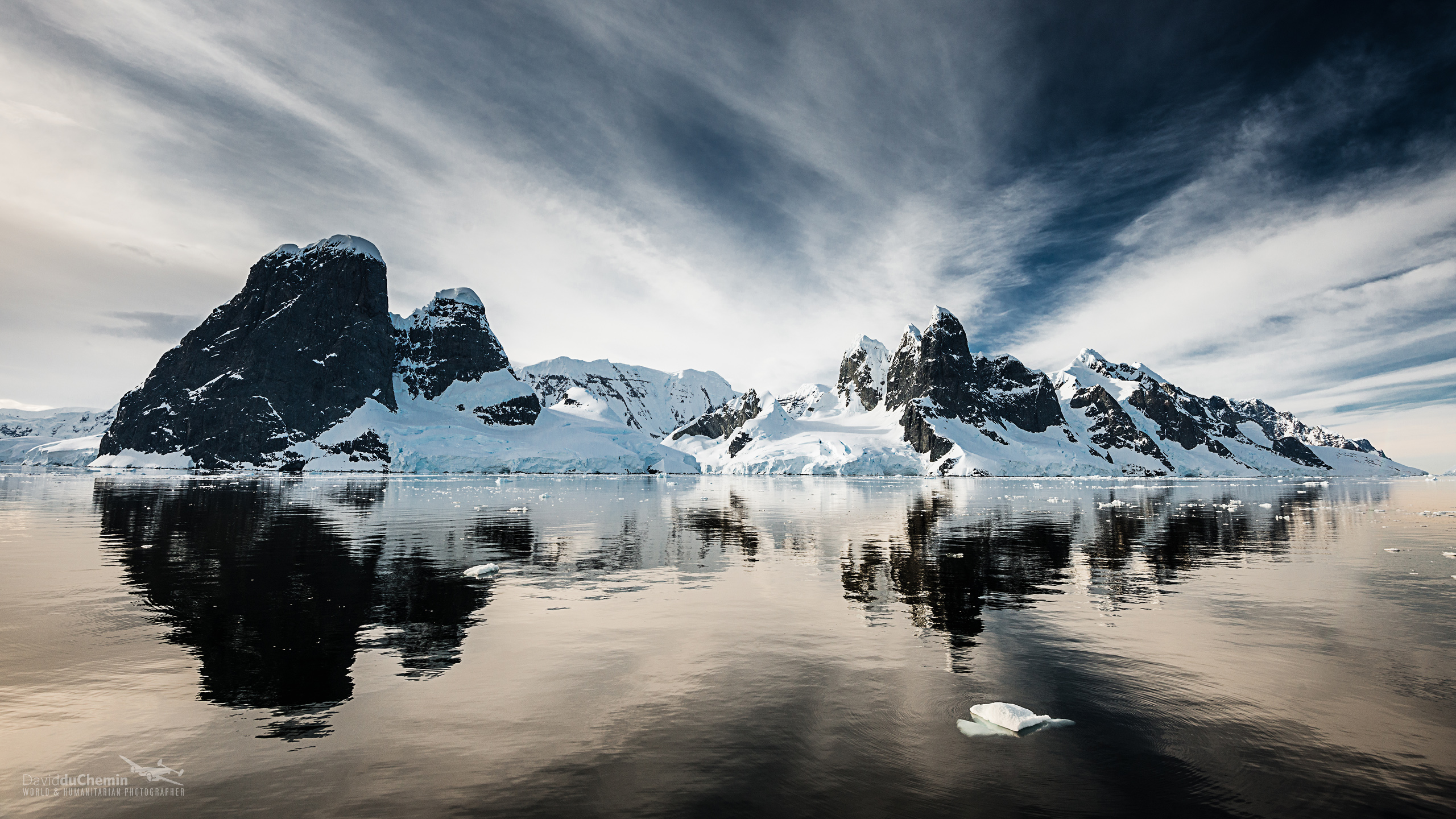 Pics Photos   Frozen Antarctica Hd Wallpaper Background 2560x1440