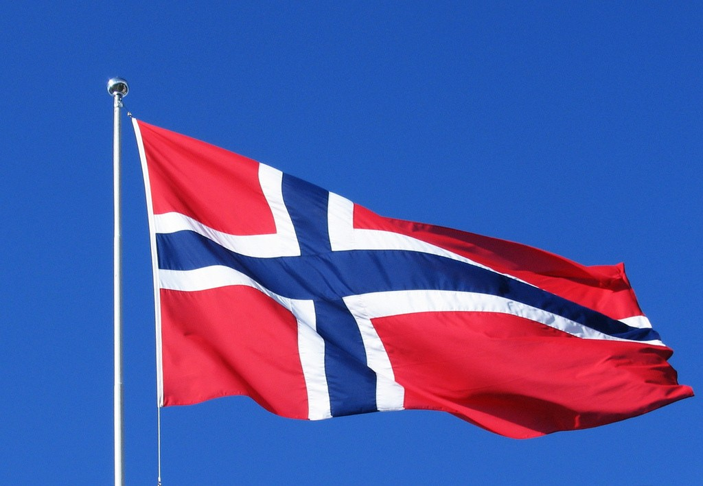 Time Machine August13 Norway Flag Wallpaper 1024x708