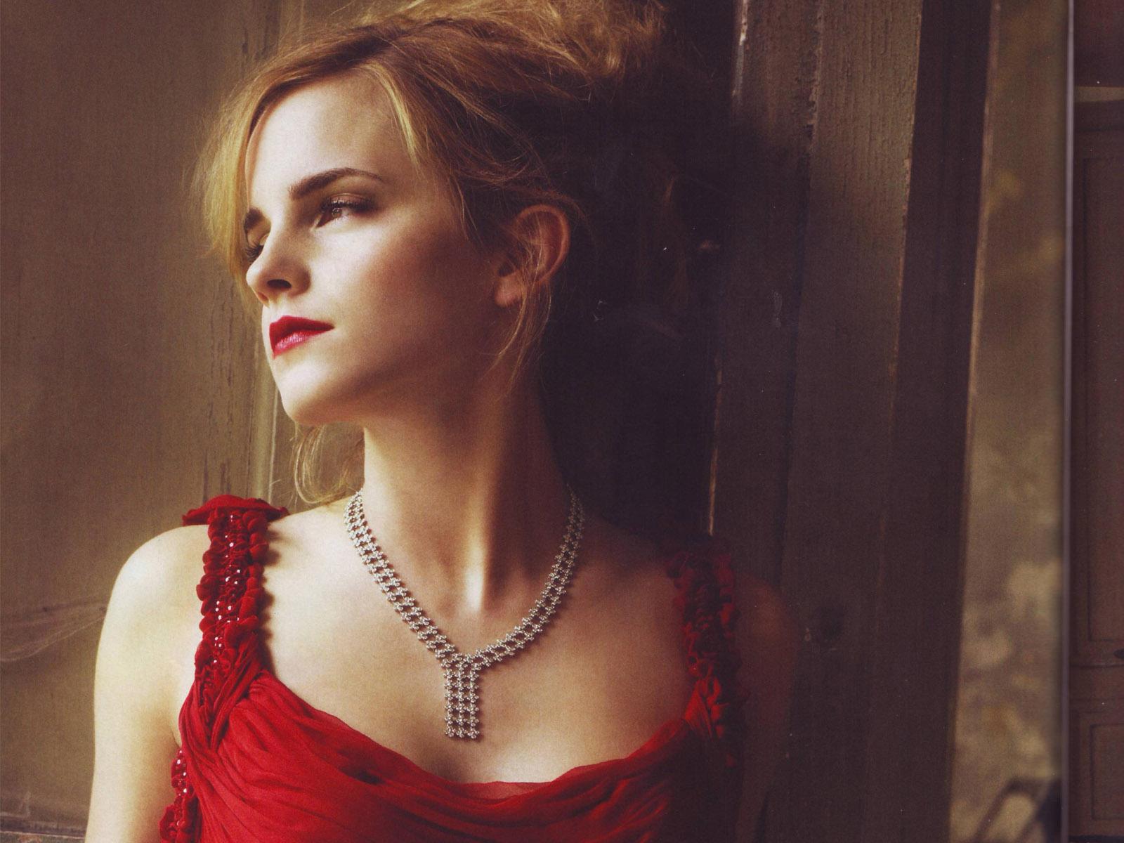 Emma Watson hd Hot Wallpapers 2012 All Hollywood Stars 1600x1200